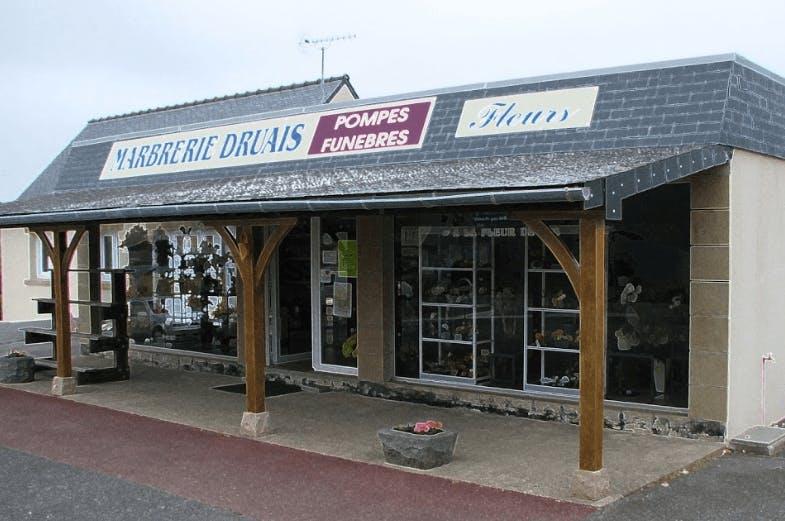 Photographie de la Pompes Funèbres et Marbrerie Druais à Camaret-sur-Mer