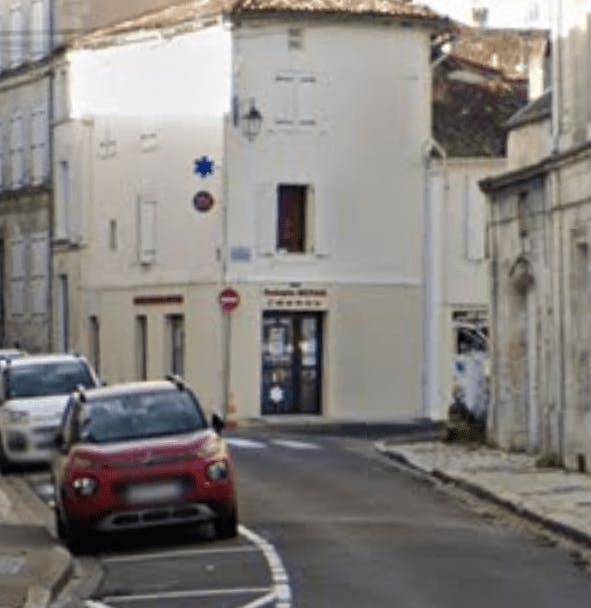 Photographie Pompes Funèbres Centrales Mizrahi de Barbezieux-Saint-Hilaire