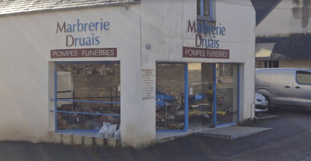 Photographie de la Pompes Funèbres et Marbrerie Druais à Châteaulin
