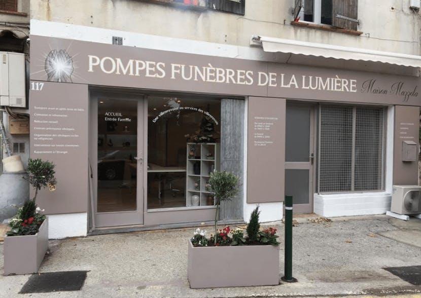Photographie de la Pompes Funèbres de la Lumière à Villeneuve-Loubet