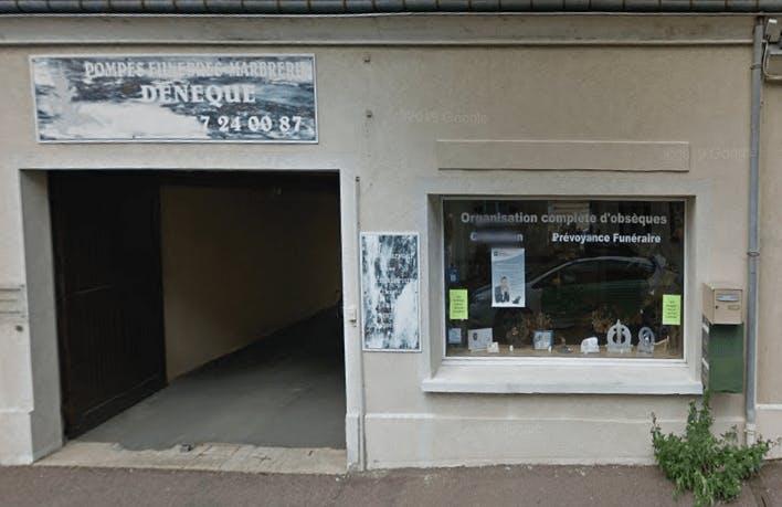 Photographie de la Pompes Funèbres et Marbrerie Denèque de la ville d'Illiers-Combray
