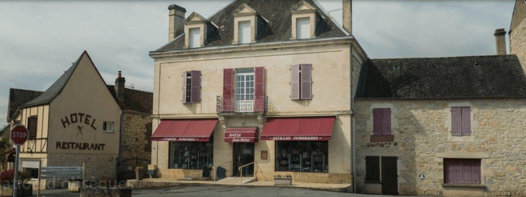 Photographie de Pompes Funèbres Jean-Rémy Bayle des Quatre-Routes-du-Lot