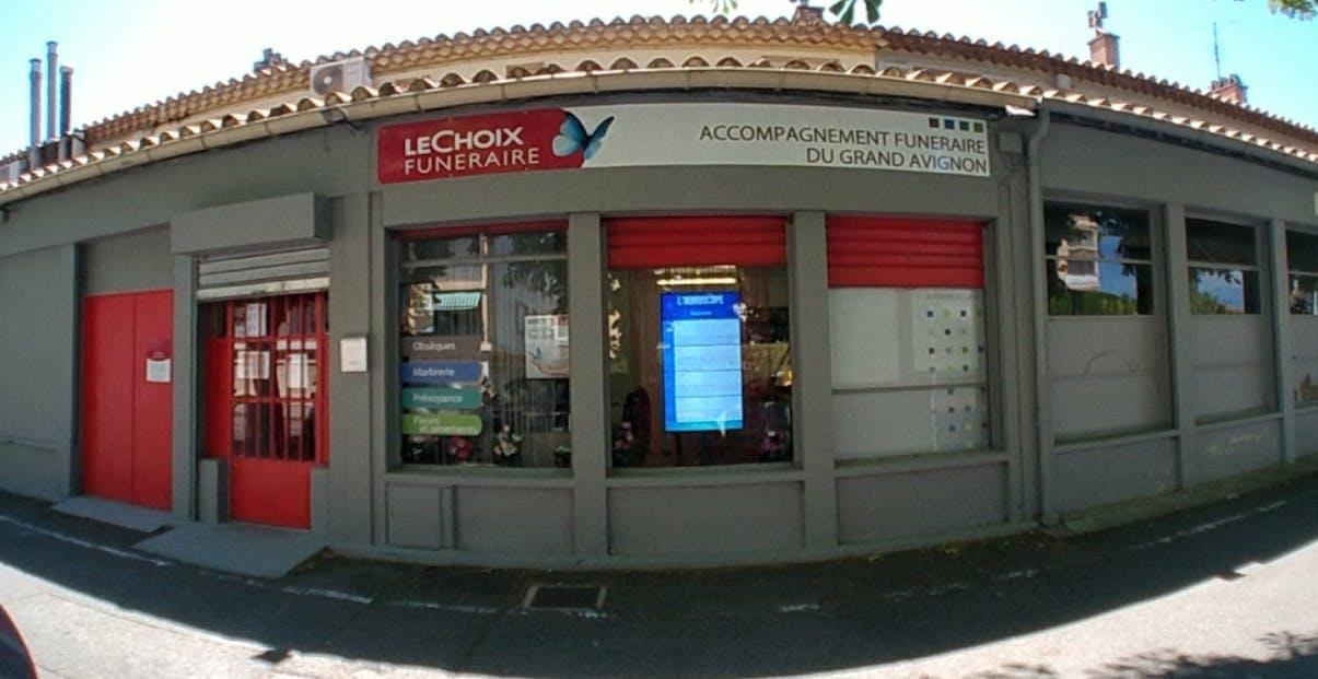Photographies des Pompes Funèbres Lubéronnaises à Avignon