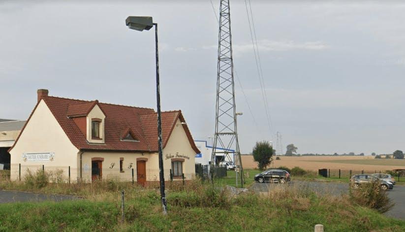 Photographie Pompes Funèbres SAUTIER de Neuville-Saint-Rémy