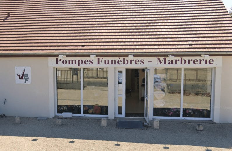 Photographie Pompes Funèbres Marbrerie VERGNOL d'Égreville