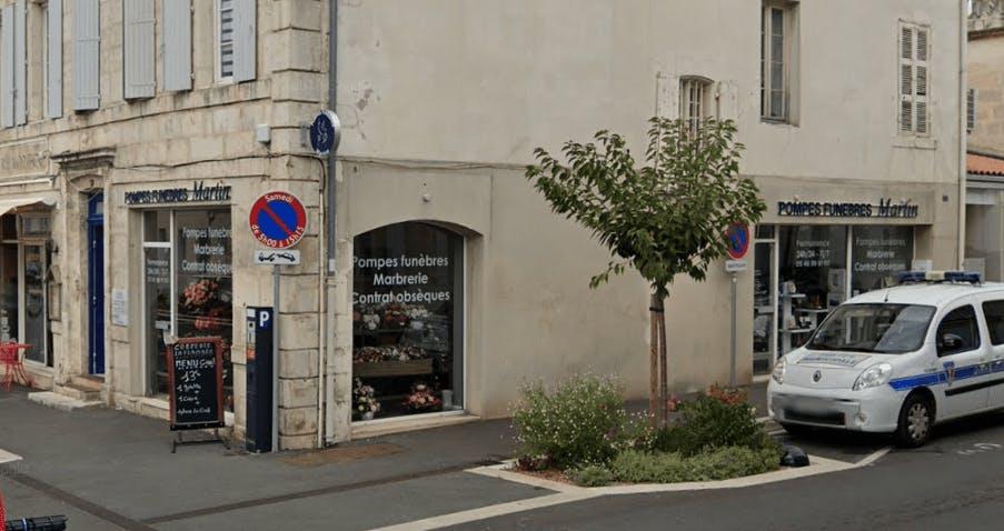 Photographie de la Pompes Funèbres Martin à La Rochefort