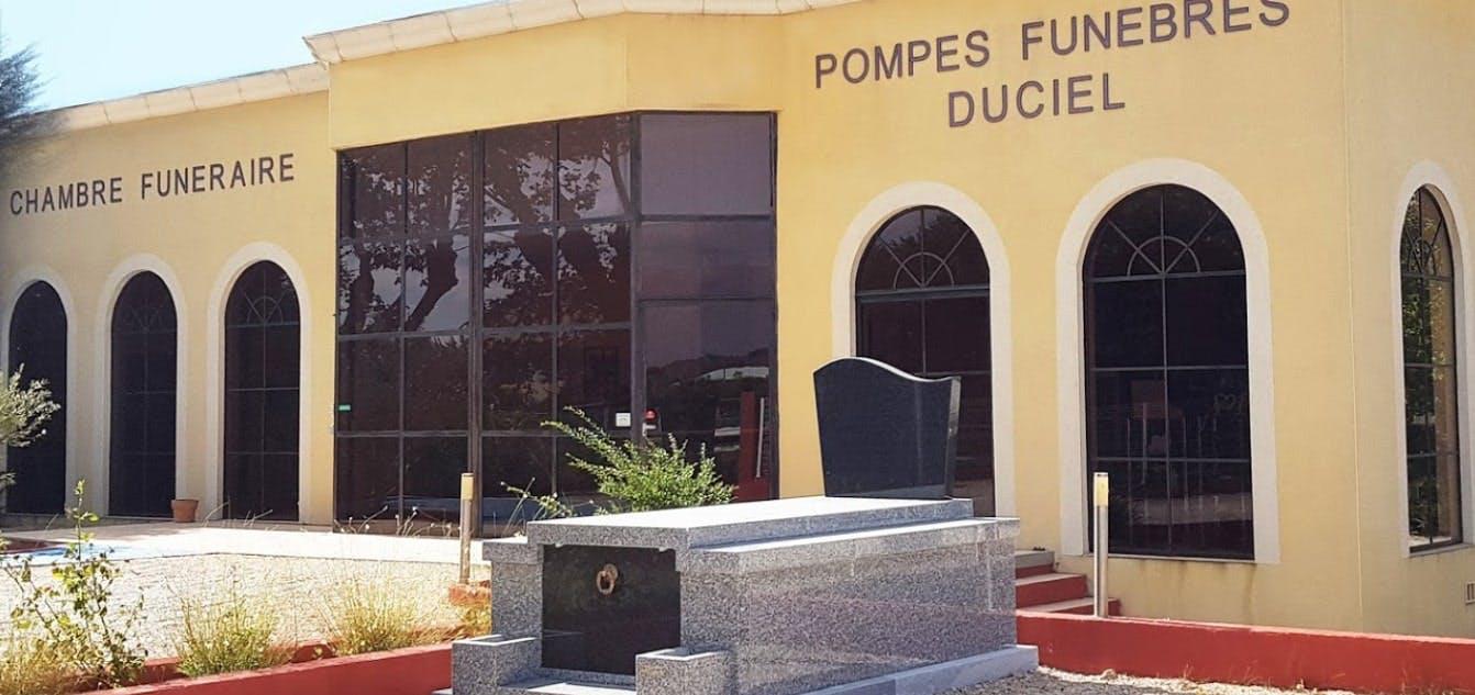 Photographies des Pompes Funèbres Duciel à Roquemaure