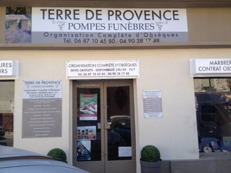 Photographies des Pompes Funèbres Terre de Provence à Noves