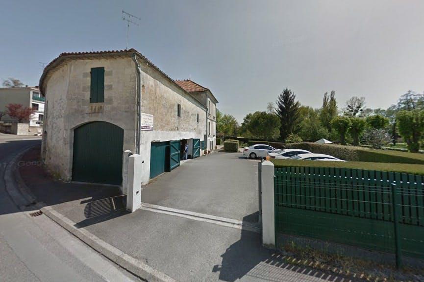 Photographies des Pompes Funèbres et Ambulances des 3 Monts à Montguyon