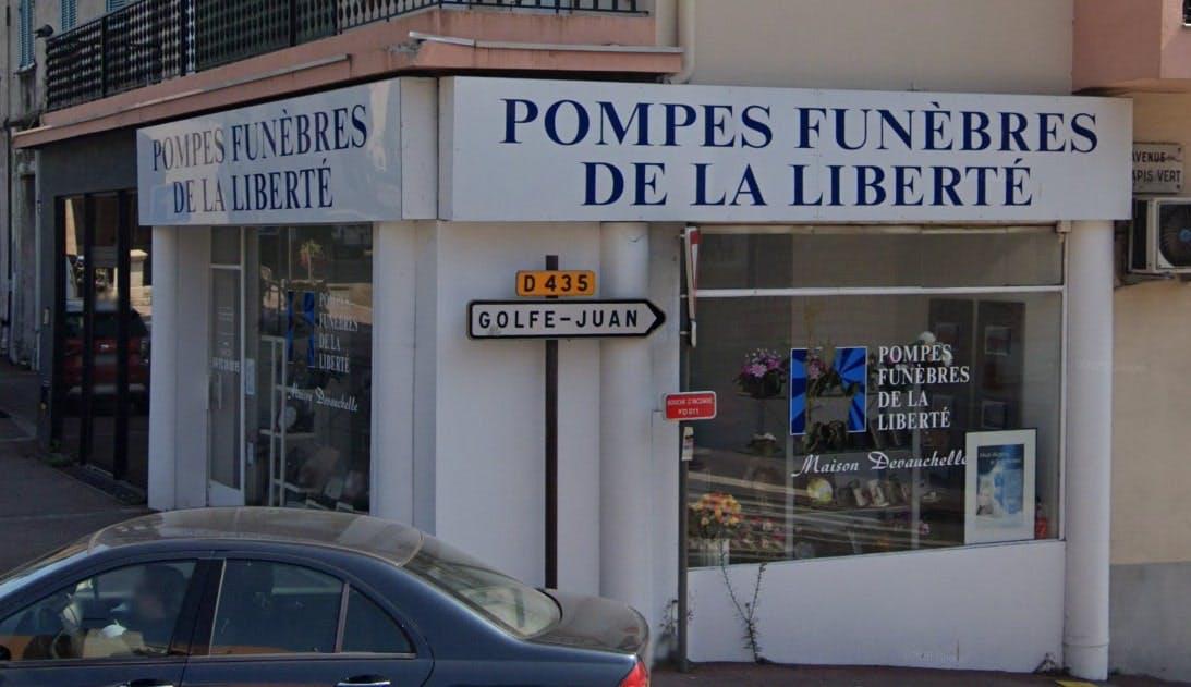 Photographies des Pompes Funèbres de la Liberté à Vallauris