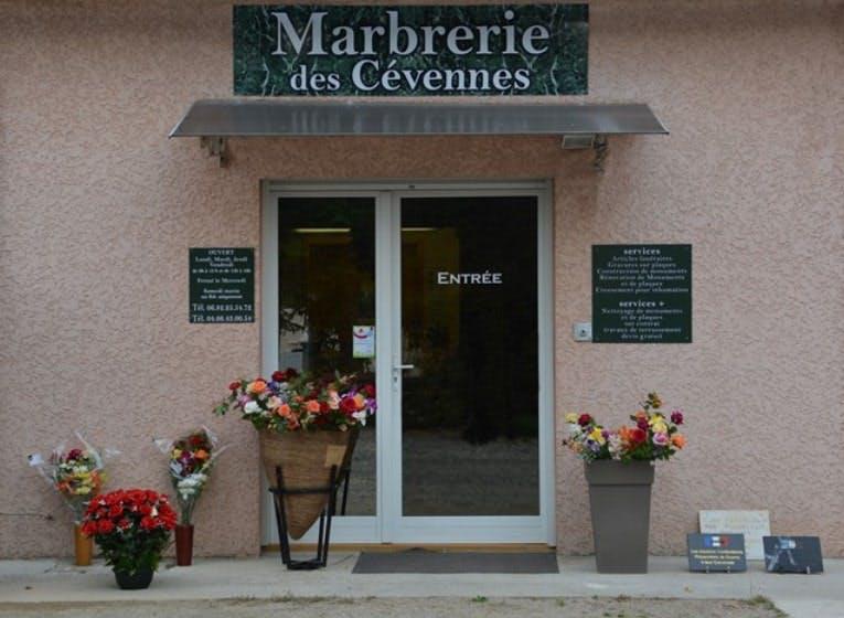 Photographies de la Marbrerie des Cévennes à Saint-Jean-du-Gard