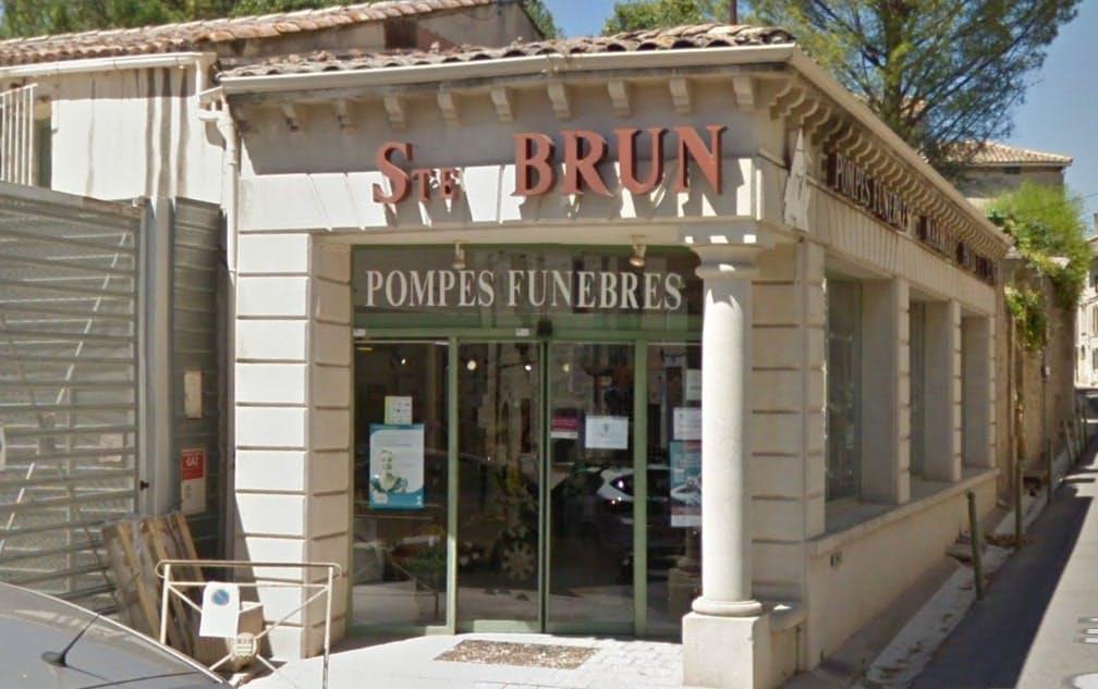 Photographies des Pompes Funèbres Marbrerie Brun à Uzès