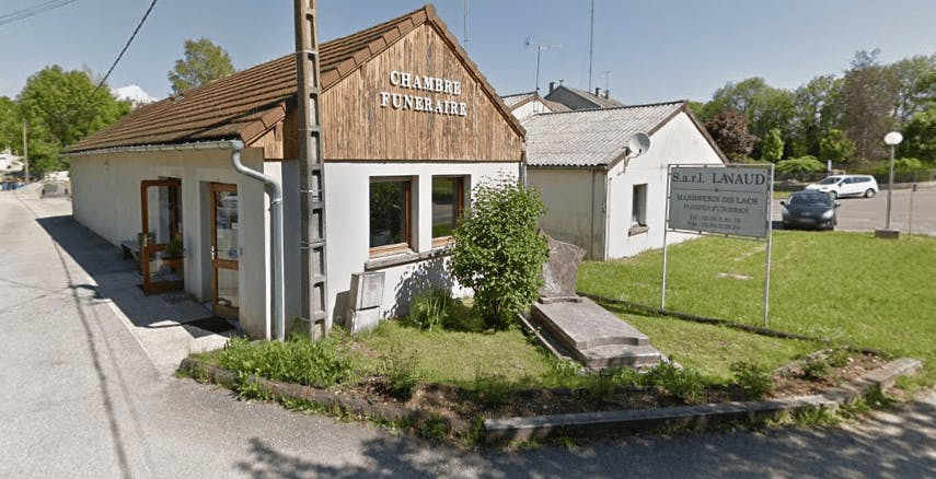 Photographie de la Pompes funèbres Lanaud de la ville de Clairvaux-les-Lacs