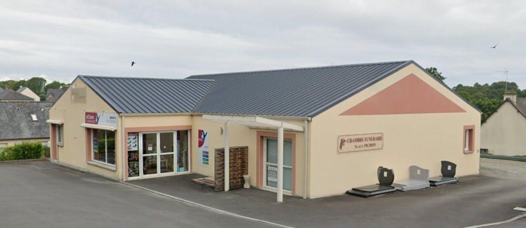 Photographies des Pompes Funèbres Pichon à Louvigné-du-Désert