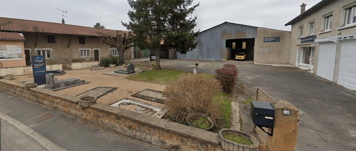 Photographie de Pompes Funèbres et Marbrerie de L `Ain de la ville de Pont-de-Veyle