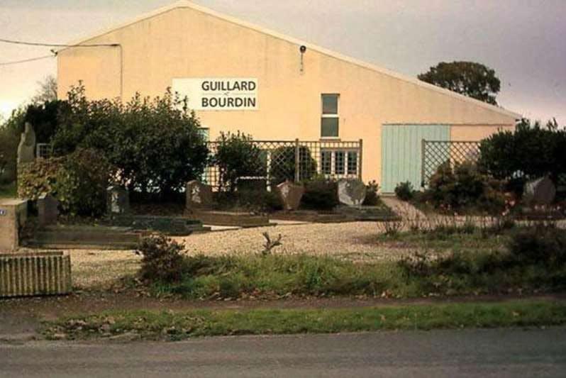 Photographie de la Marbrerie Guillard Bourdin de Josselin