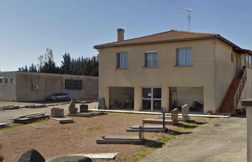 Photographie de la Pompes Funèbres Marbrerie Trévisanut  de la ville de Miramont-de-Guyenne