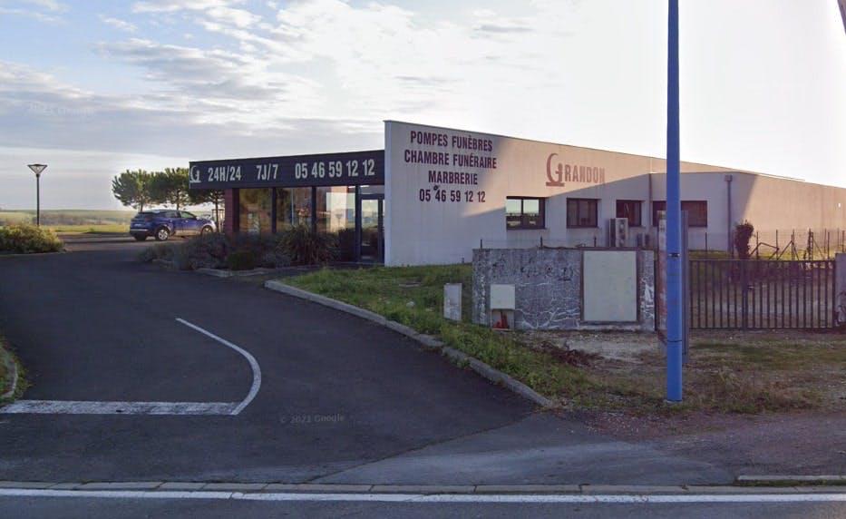 Photographies des Pompes Funèbres B Grandon à Saint-Jean-d'Angély