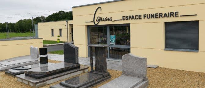 Photographie de l`Espace Funéraire Carrara de la ville d`Ozan