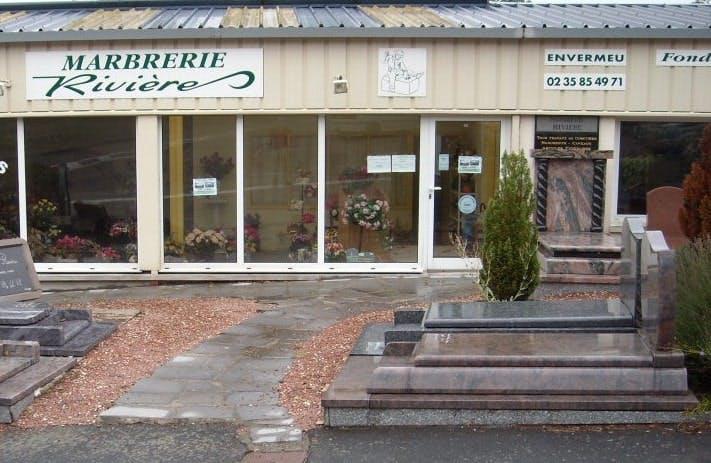 Photographie de la Marbrerie RIVIERE sur Envermeu