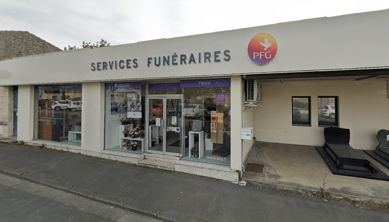 Photographie de la Pompes Funèbres Générales à La Rochefort