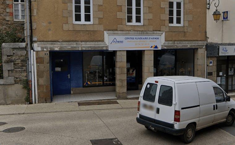 Photographie de la Pompes Funèbres Quinquis à Tréguier