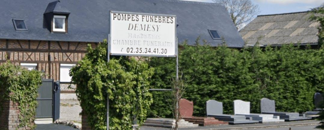 Photographie de la Pompes Funèbres Demesy de la ville de Sainte-Croix-sur-Buchy