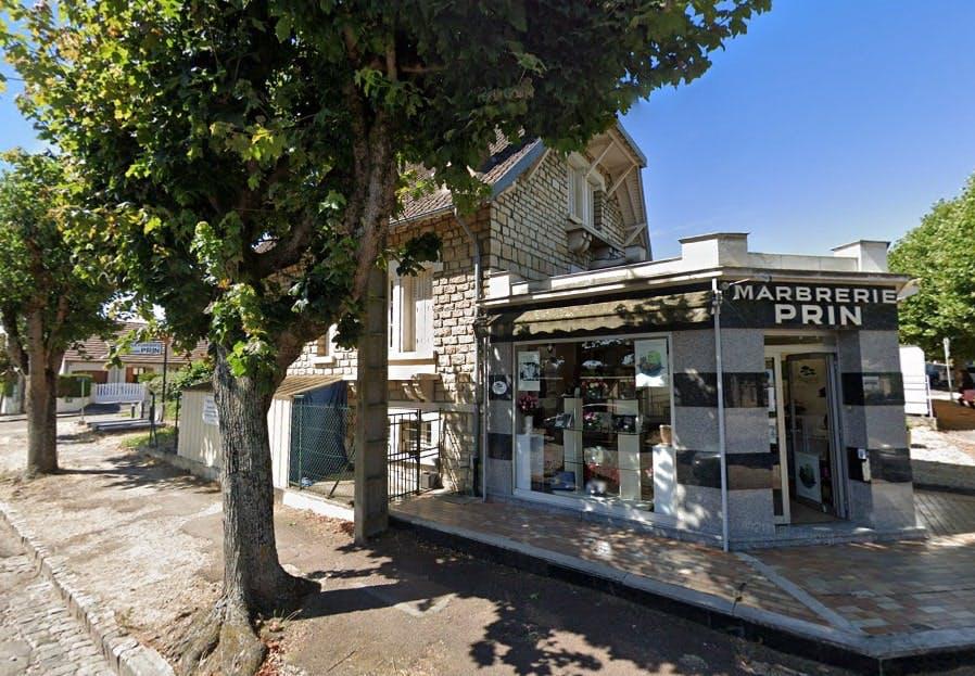 Photographies des Pompes Funèbres Marbrerie Prin à Auxerre