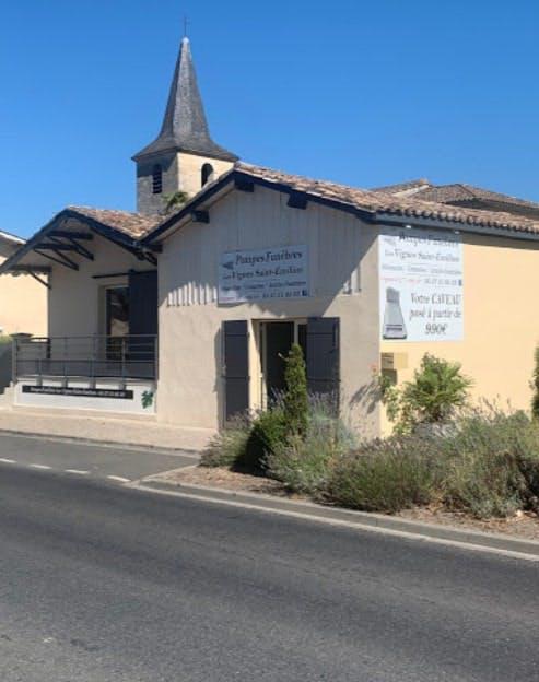 Photographie Pompes Funèbres Les Vignes Saint-Emilion de Saint-Pey-d'Armens