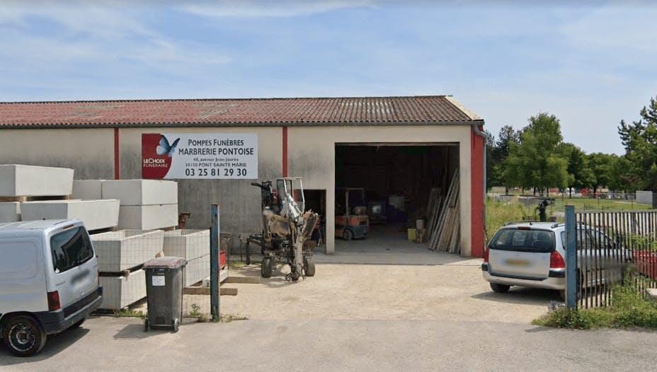 Photographie de la Marbrerie Pontoise à Creney-prés-Troyes