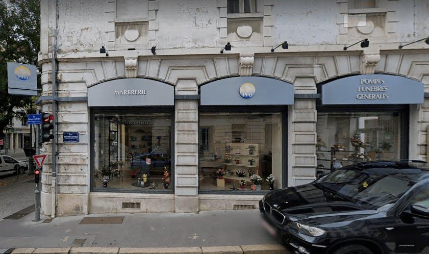 Photographie Pompes Funèbres Genérales (boulevard de la République) Chalon-sur-Saône