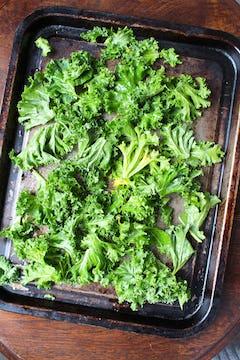 Ready to roast kale leaves