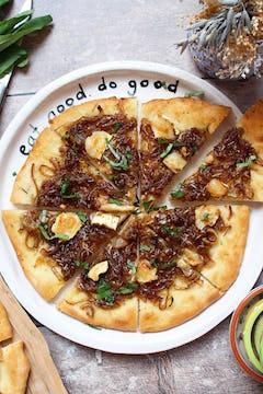 sliced balsamic pizza