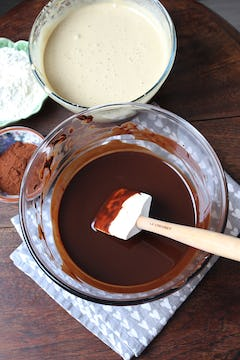 Melted chocolate and butter in bowl