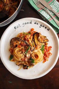 Served grilled aubergine spaghetti