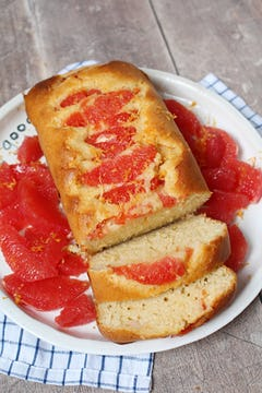 image of Grapefruit Yoghurt Cake