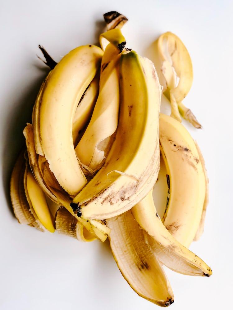 bunch of banana peel