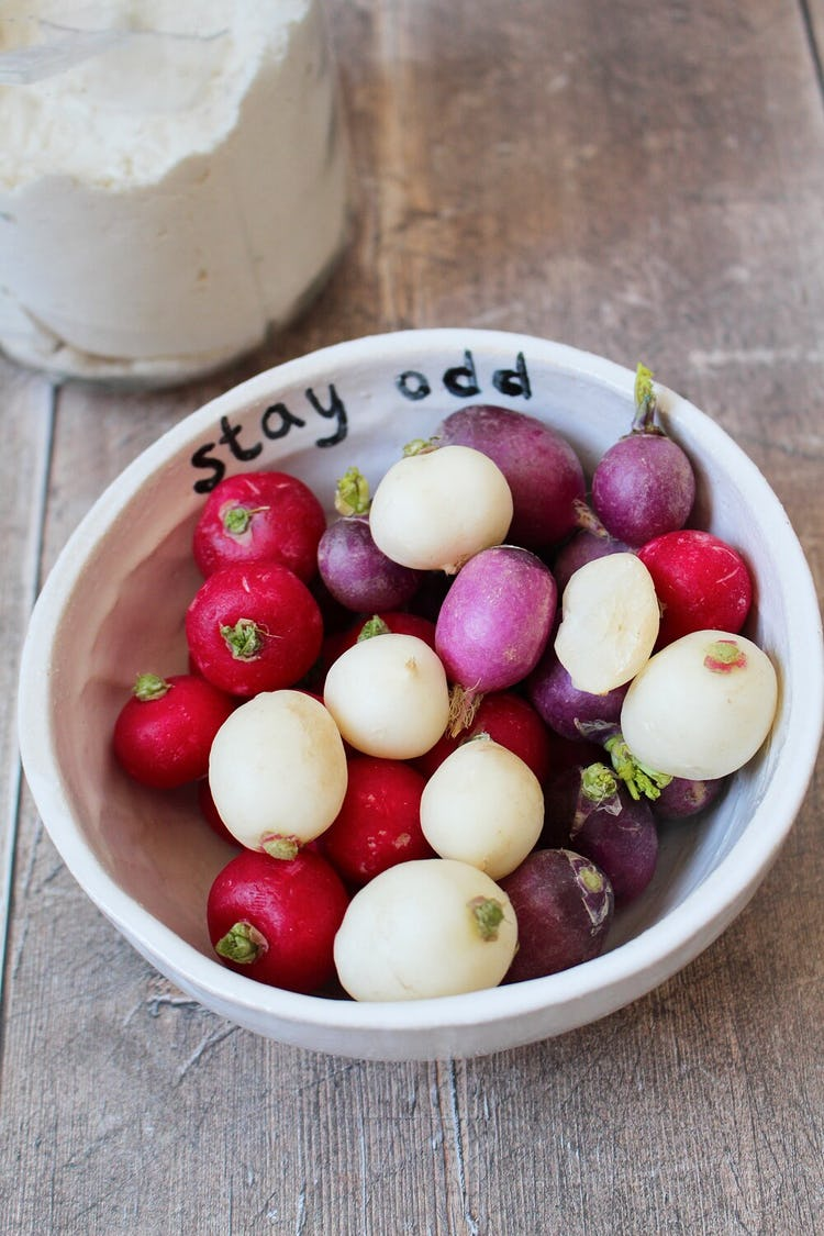 A bowl of radishes.