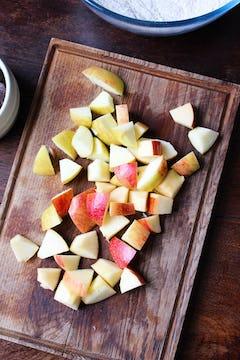 Chopped apples in chopping board