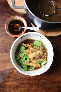wonton soup in Oddbox bowl