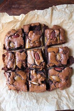 Cut brownie on a chopping board