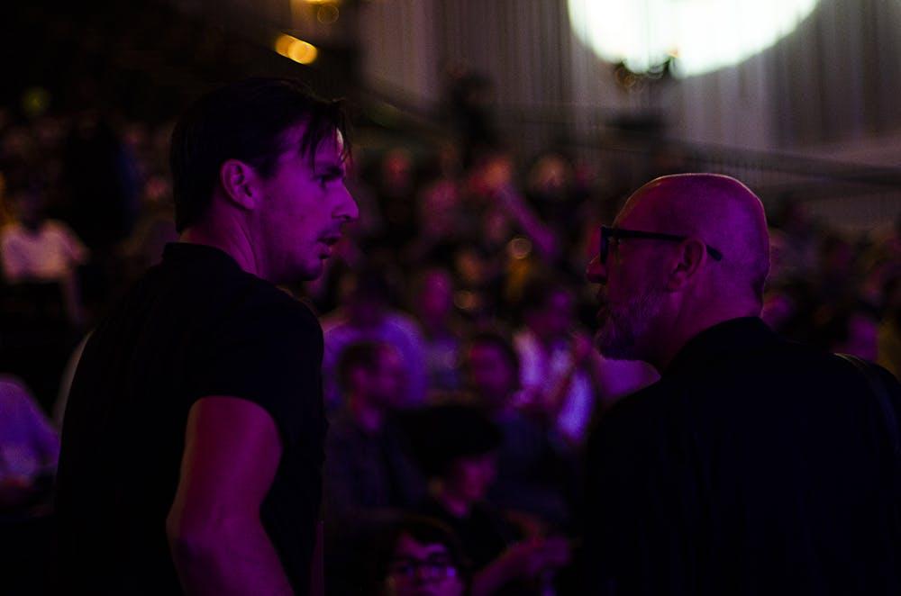 Photographers having a chat – © Simon_Rajchl