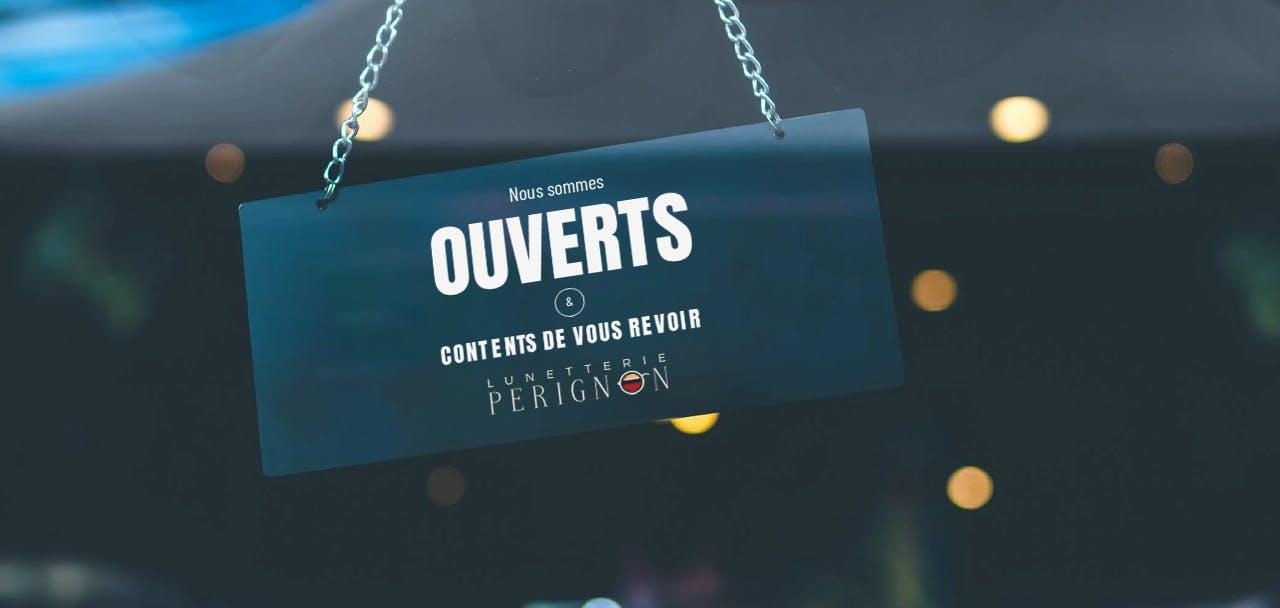 pancarte_annonce_ouverte_boutique_et_affiche _logo_optique_perignon