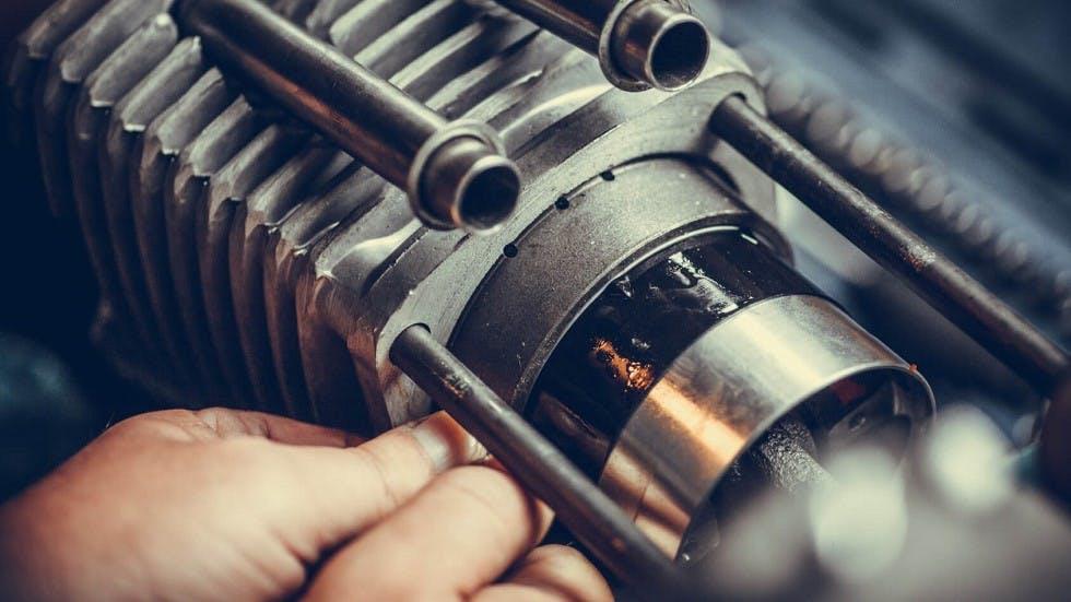 Cylindre de refroidissement d'un deux-roues motorise