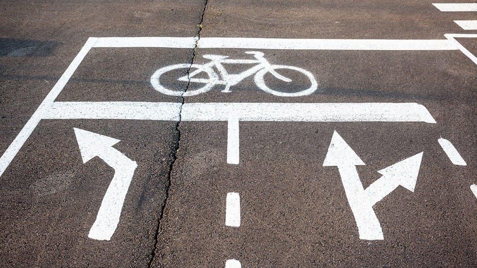 Marquage au sol de sas cycliste