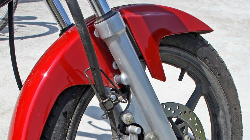 Garde-boue d'un deux-roues motorise