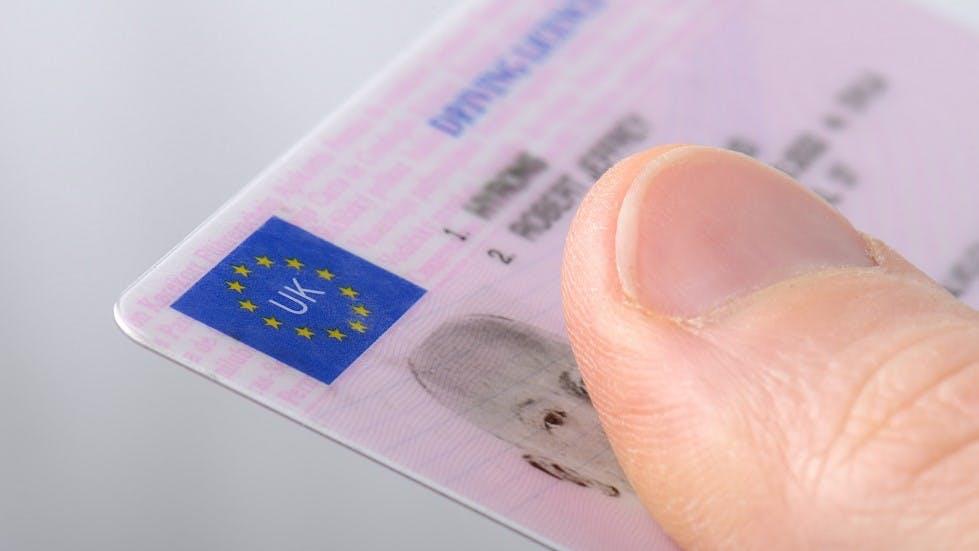 Presentation d'un permis de conduire britannique