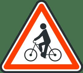 Panneau de danger de debouche de cycliste