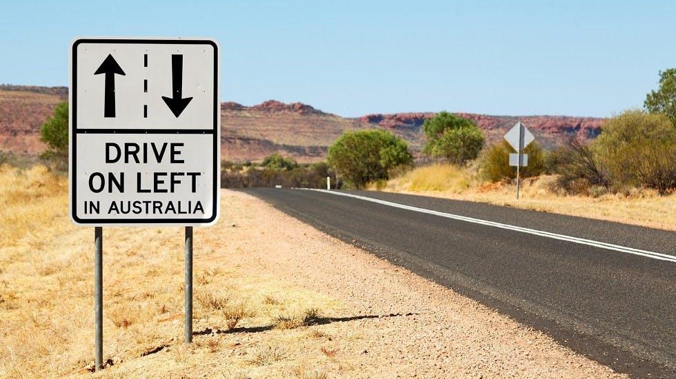 Panneau indiquant le sens de circulation en vigueur en australie