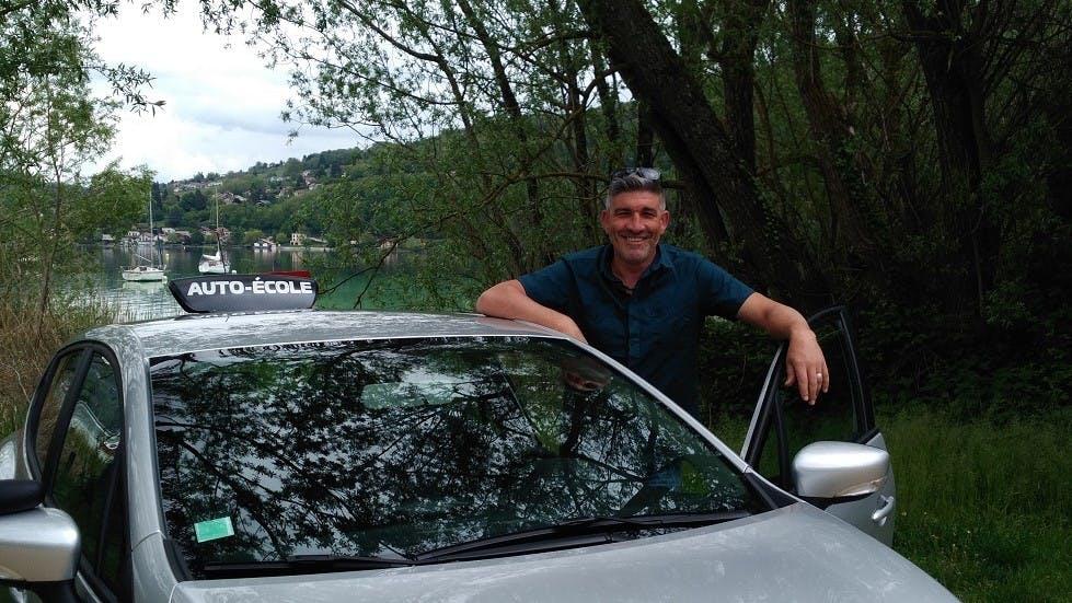 Apprendre a conduire avec l'enseignant Christophe a Voiron